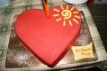 """Tort w kształcie serca od Fundacji """"Pomóż Im"""" dla Norberta"""